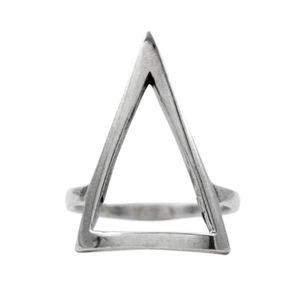 Anel-Triangulo-Liso-Grande-Prata-925-01