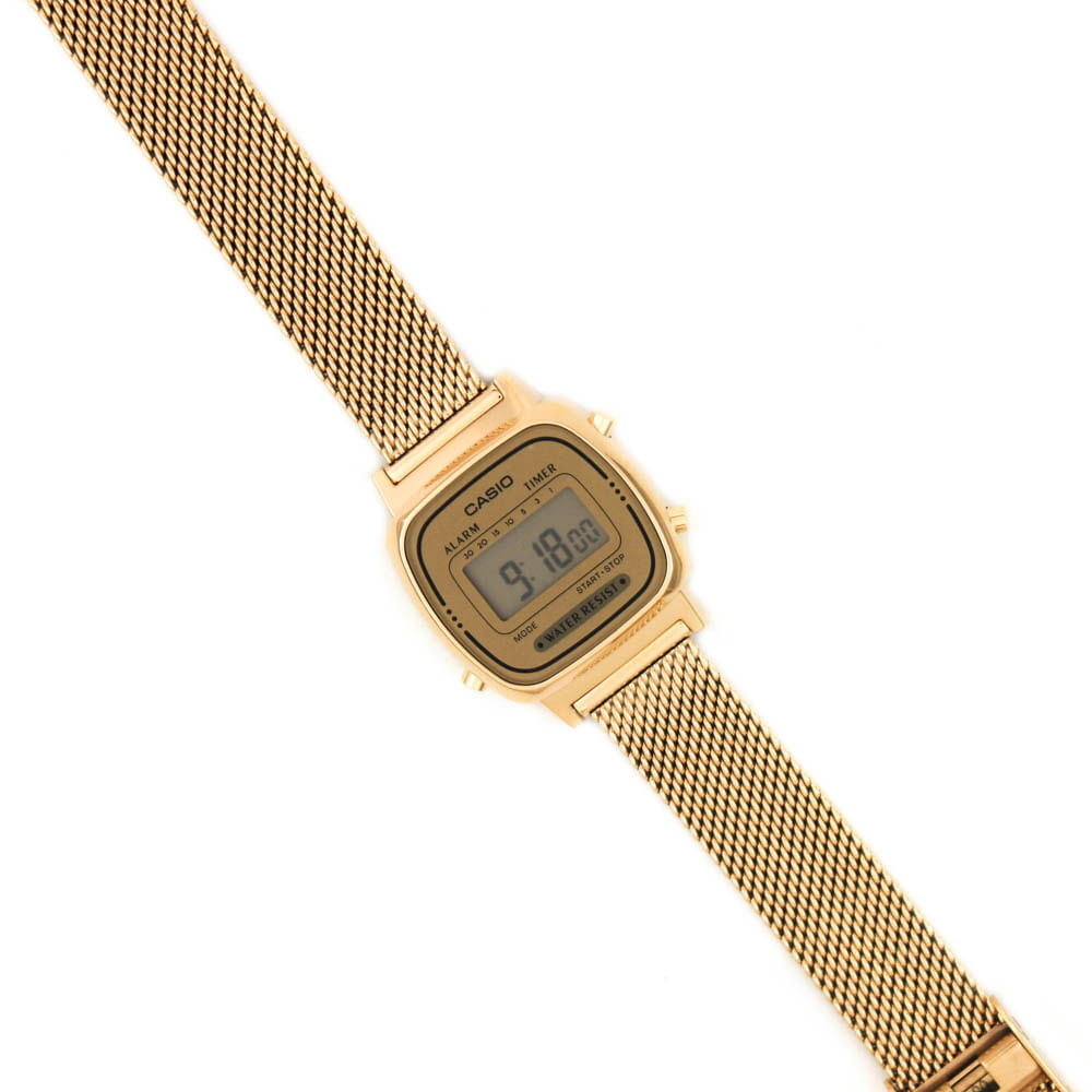 4a756b933ce Relógio Casio Vintage Mini Malha Dourado • LA670WEMY-9DF • Laços de ...