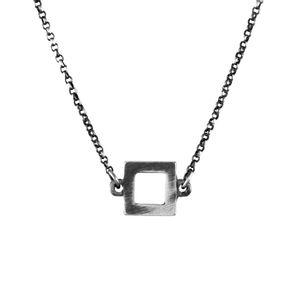 Colar-Choker-Quadrado-Pequeno-Prateado-01