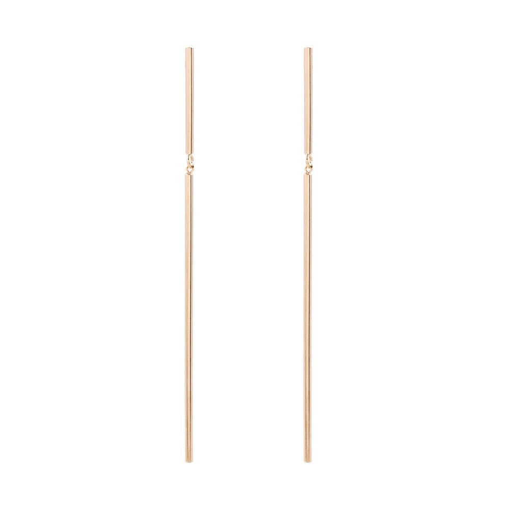 Brinco-Bastao-Longo-Dourado-Folheado-01