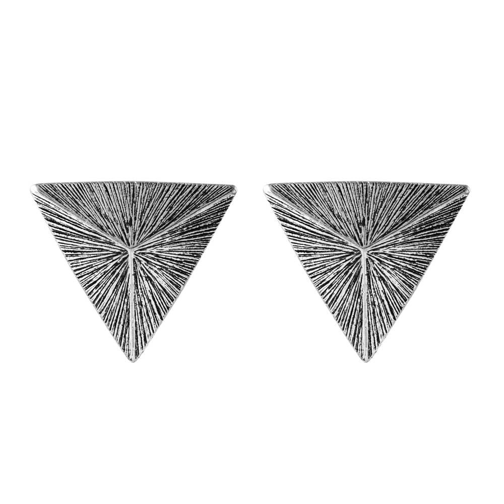 Brinco-Piramide-Listrada-Medio-Prateado-01