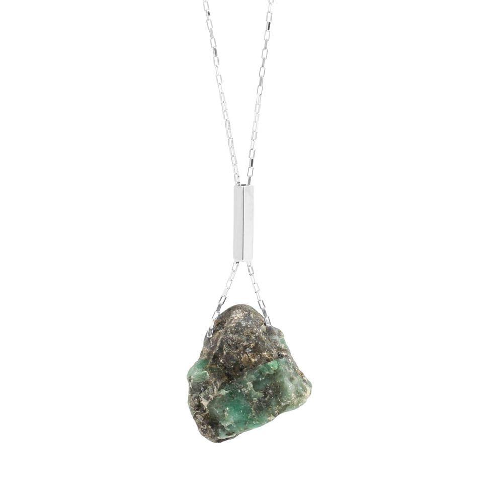 Colar-Pedra-Bruta-Esmeralda-Grande-Prateado-Folheado-01