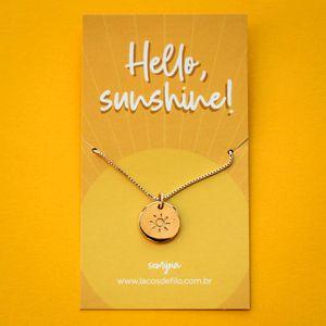 Colar-Medalha-Hello-Sunshine-Sol-Dourado-Folheado-06