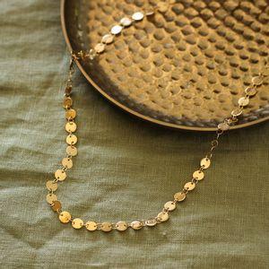 Colar-Choker-Medalhas-Pequenas-Dourado-Folheado-01